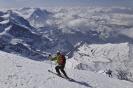 Skialpinizm, Skituring, Nagroda:2&publiczności, Autor:Granowski Damian, Tytuł: Francuscy skiturowcy zjezdzaja z wierzcholka Eigeru.